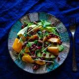 未加工的素食主义者沙拉 库存照片