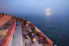 未婚塔在Bosphorus海峡,伊斯坦布尔 库存照片