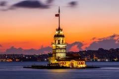 未婚塔日落伊斯坦布尔 库存图片