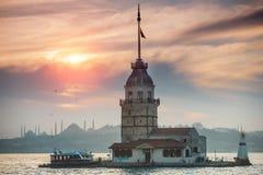 未婚的塔在伊斯坦布尔 免版税图库摄影
