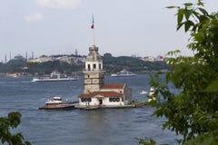 未婚的塔(Leander的塔)在伊斯坦布尔 图库摄影