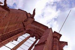 未完成的教堂废墟 免版税库存照片