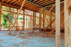 未完成的木构成建筑或房子 图库摄影