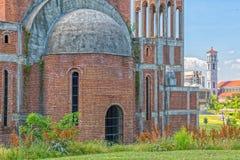 未完成的正统大教堂在普里什蒂纳 免版税库存照片