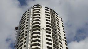 未完成的建筑,被放弃的大厦 充分的HD录影 股票录像