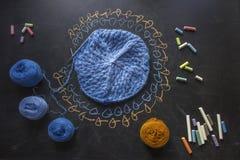 未完成的knittin 库存照片