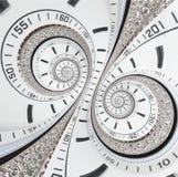 未来派现代白色报时表摘要分数维超现实的双重螺旋 手表时钟异常的抽象纹理样式分数维 免版税库存图片