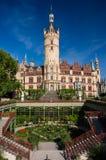 什未林城堡和庭院 免版税库存图片