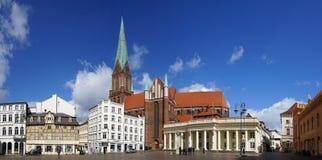 什未林集市广场全景在德国 库存图片