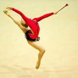 未知的体操运动员执行 图库摄影