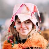 未知的美丽的少妇女孩画象滑稽的衣裳的 免版税库存照片