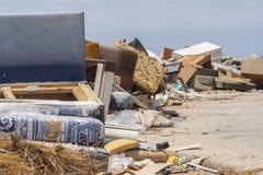 未管制的废物处置 免版税库存照片