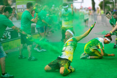 未认出的人人群颜色奔跑的 免版税库存照片