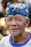 未认出的人画象在地方市场上的在巴厘岛,印度尼西亚 库存照片