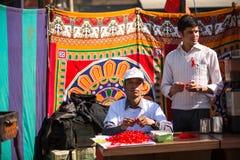 未认出的参加者在Durbar的世界艾滋病日在加德满都,尼泊尔摆正 免版税库存图片