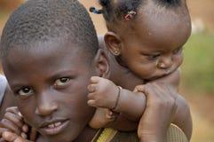 未认出的孩子,乌干达非洲 免版税库存照片