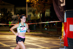 未认出的赛跑者在毕尔巴鄂马拉松夜,庆祝在10月22日的毕尔巴鄂 库存照片