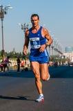未认出的马拉松运动员竞争 库存图片
