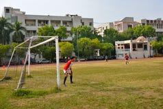 未认出的马来的足球运动员 免版税库存照片