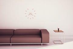 末端现代沙发表 免版税库存图片