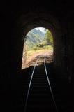 末端轻的隧道 库存照片