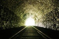 末端轻的隧道 免版税库存图片