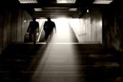 末端轻的隧道 免版税库存照片