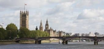 本大伦敦宫殿地平线威斯敏斯特 库存图片