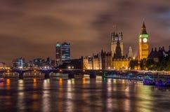 本大桥梁晚上威斯敏斯特 免版税库存图片
