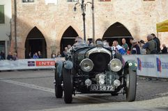本特利4 5公升SC, 1930年在1000英里赛跑2014年 免版税库存图片