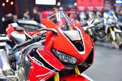 本田CBR1000RR摩托车在曼谷国际泰国Mot 库存图片