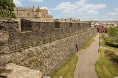本营和城市墙壁 Derry伦敦德里 北爱尔兰 王国团结了 免版税库存照片