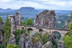 本营桥梁在德累斯顿附近的Saxonia 免版税库存照片