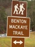 本顿McKaye足迹标志 免版税库存照片