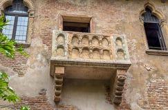 朱丽叶` s房子阳台在维罗纳,意大利 库存照片