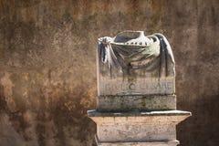 朱利奥塞萨尔,罗马,意大利雕象  免版税库存图片