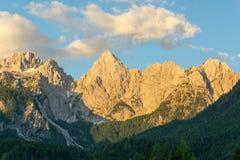 朱利安阿尔卑斯山和峰顶Spik 库存照片