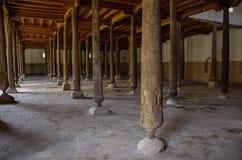 朱马清真寺的内部在Khiva,乌兹别克斯坦 图库摄影