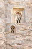 朱马清真寺, Cume mescidi尖塔在巴库耶路撒冷旧城,阿塞拜疆 库存图片