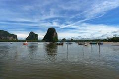 朴蒙山潜水和看见安达曼的码头旅行, Trang,泰国 免版税库存图片