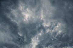 2朵云彩风暴 免版税库存图片