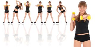 机体哑铃健身女孩体操她的培训 免版税图库摄影