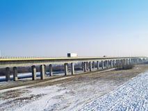 机动车路A1河上的桥维斯瓦河 免版税库存图片