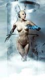 机器人妇女 靠机械装置维持生命的人 将来的技术 免版税图库摄影