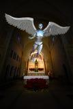 机器人机器人天使教会法坛 库存照片