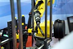 机器人焊接器材 库存照片