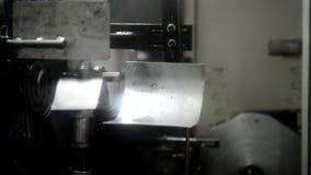 机器操作独立春天上条机构和树桩  影视素材