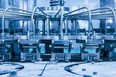 机器,饮料生产设备的细节在中国 库存图片