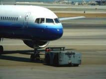 机场乘员组陆运 库存照片
