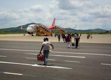 机场人群在海防市,越南 免版税库存照片